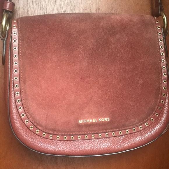 a0fad4d9ad4b Michael Kors Saddle Bag Crossbody Suede Leather. M 5b191c3faa5719ed4fed65a5